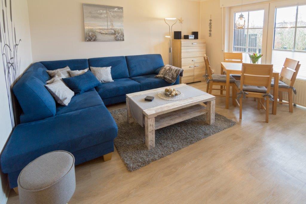 Ferienwohnung jolle d11 ferienwohnung norddeich for Wohnzimmer 20 grad