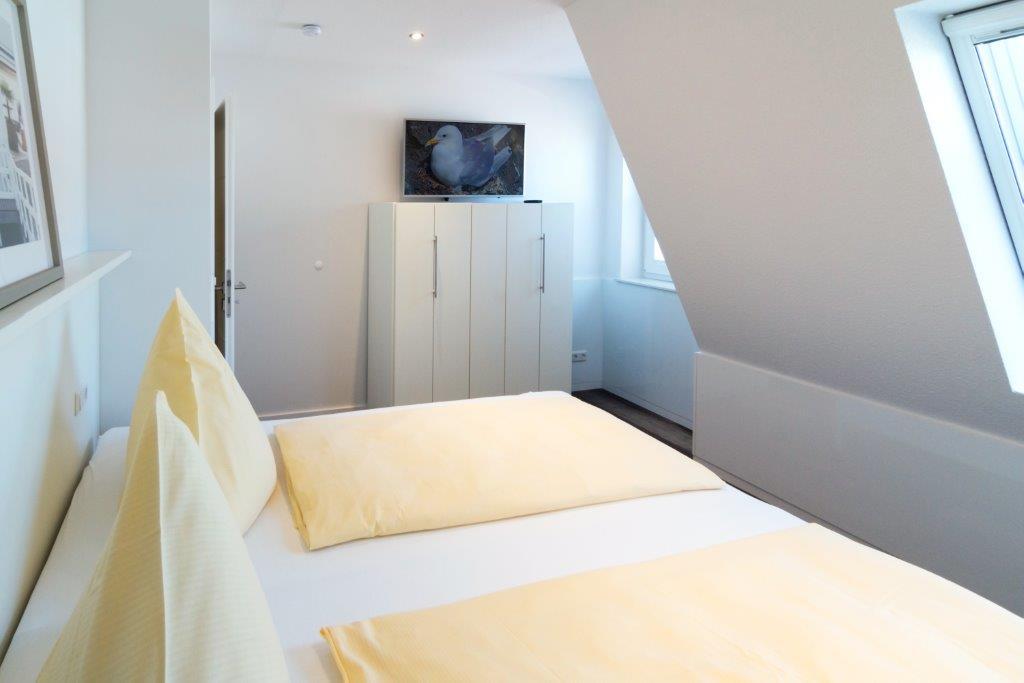 Schlafzimmer 2 (3)