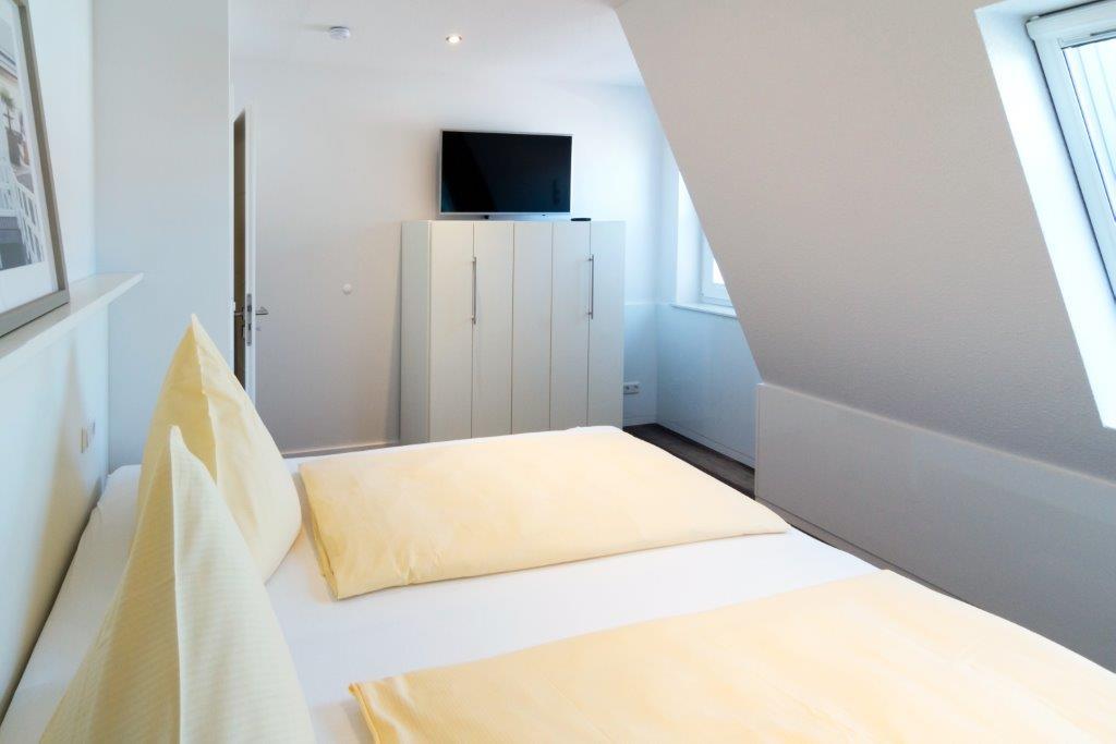 Schlafzimmer 2 (4)