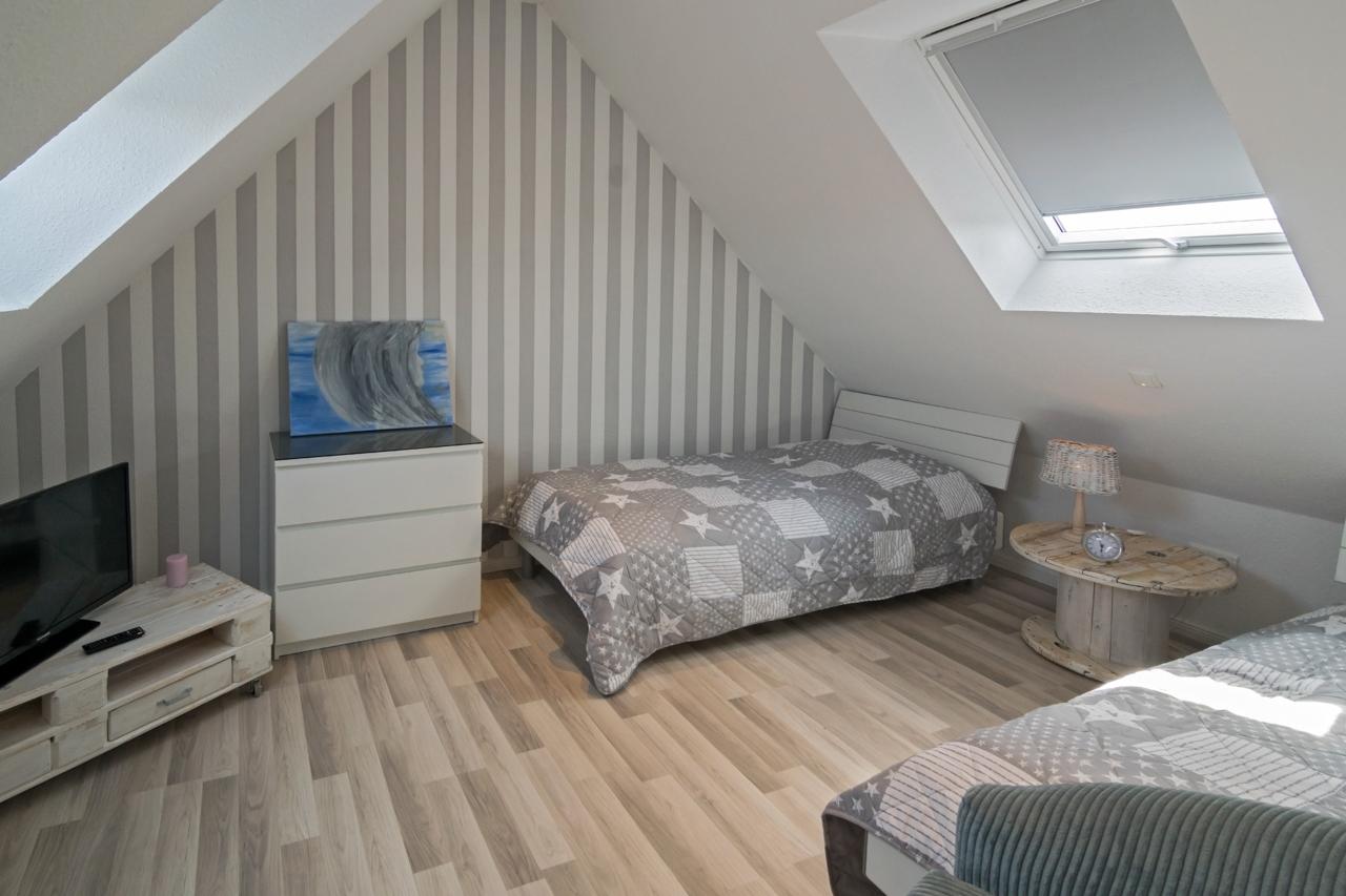 Schlafzimmer 2 (2) web