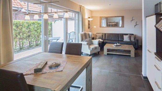 ferienwohnung meerestraum ferienwohnung norddeich. Black Bedroom Furniture Sets. Home Design Ideas