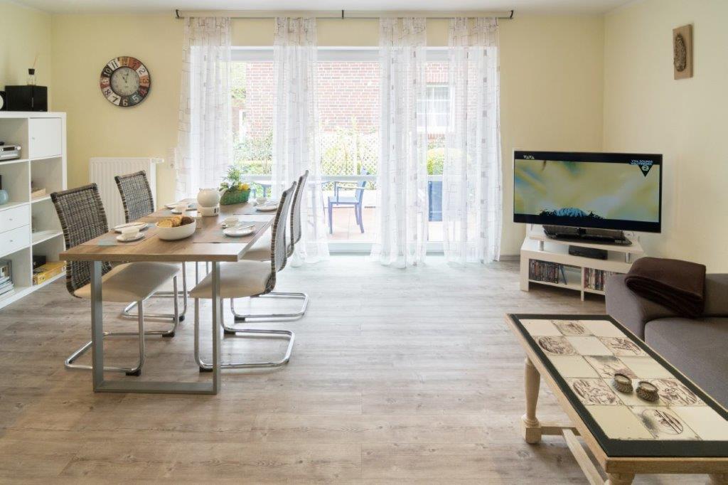 ferienwohnung zeppelinstek ferienwohnung norddeich. Black Bedroom Furniture Sets. Home Design Ideas