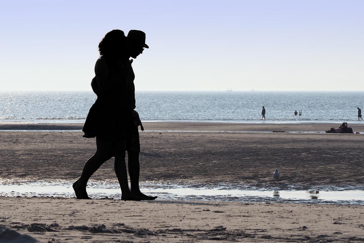 Gemütlicher Spaziergang am Strand